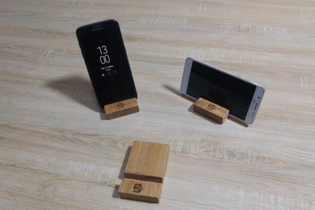 Drveni držači za mobilne telefone